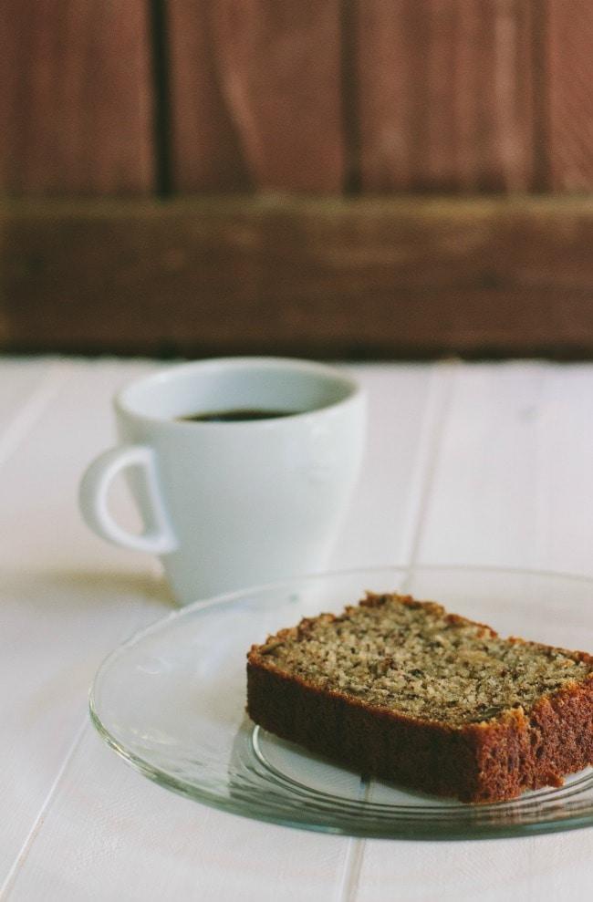 banana bread | the vanilla bean blog
