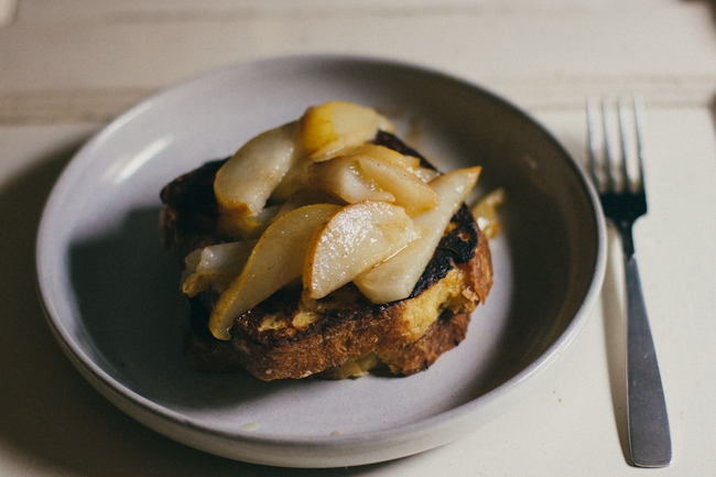 french toast with bittersweet chocolate and pears   the vanilla bean blog