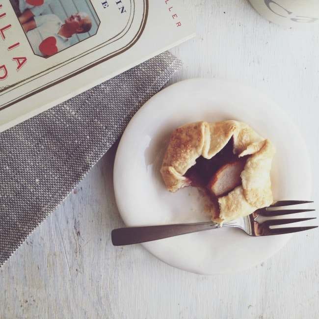 pear + blackberry tartlets | the vanilla bean blog