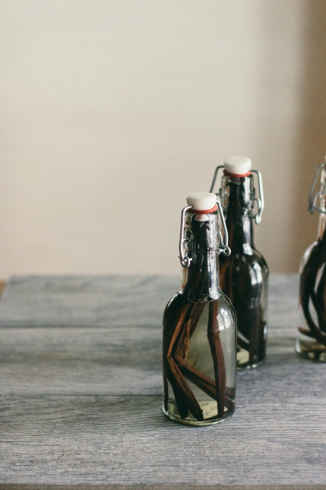 homemade vanilla extract | the vanilla bean blog