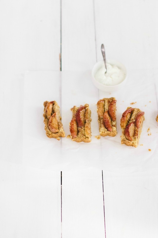 Apple Almond Tart | The Vanilla Bean Blog