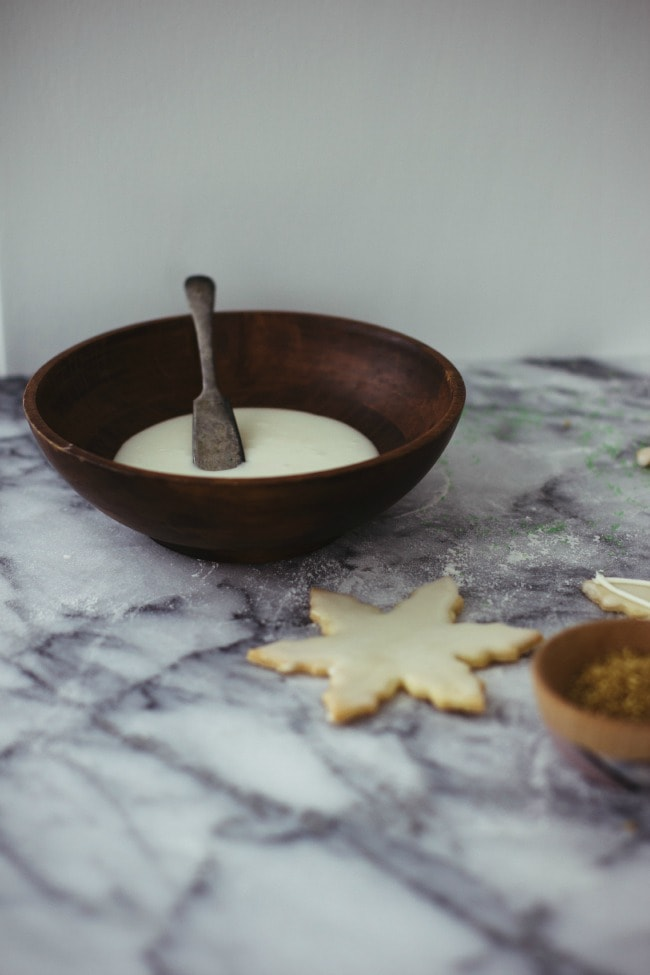 Cookie Icing in A Bowl | The Vanilla Bean Blog | Sarah Kieffer