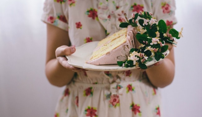 buttermilk cake with strawberry buttercream | the vanilla bean blog