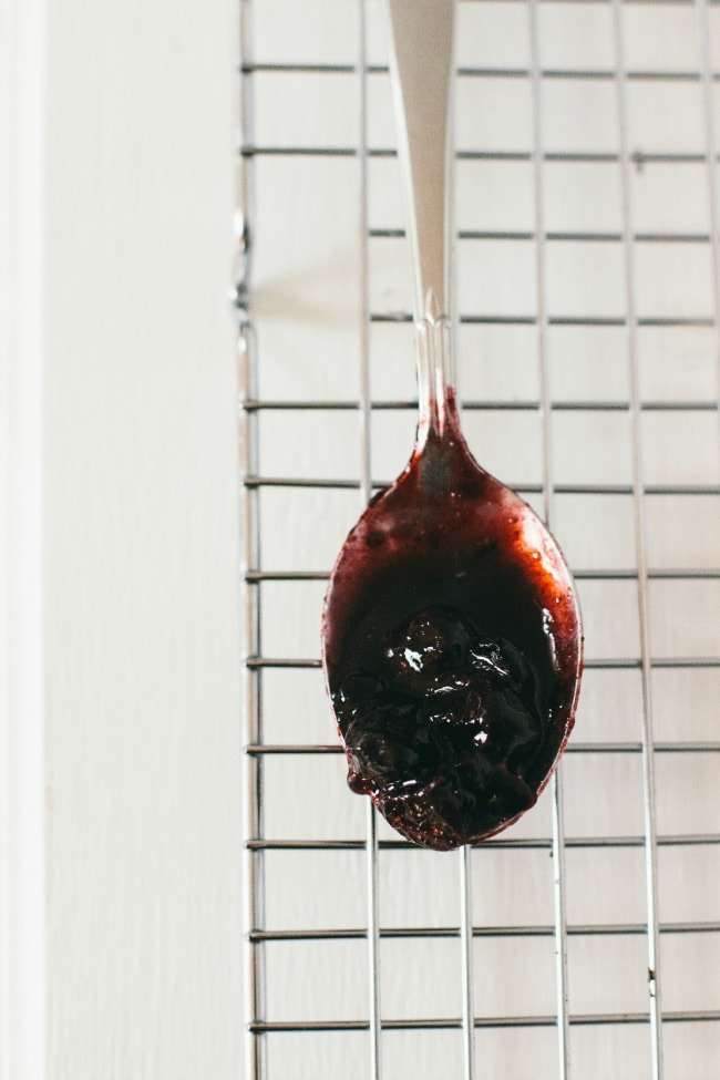 twangy blueberry sauce | the vanilla bean blog