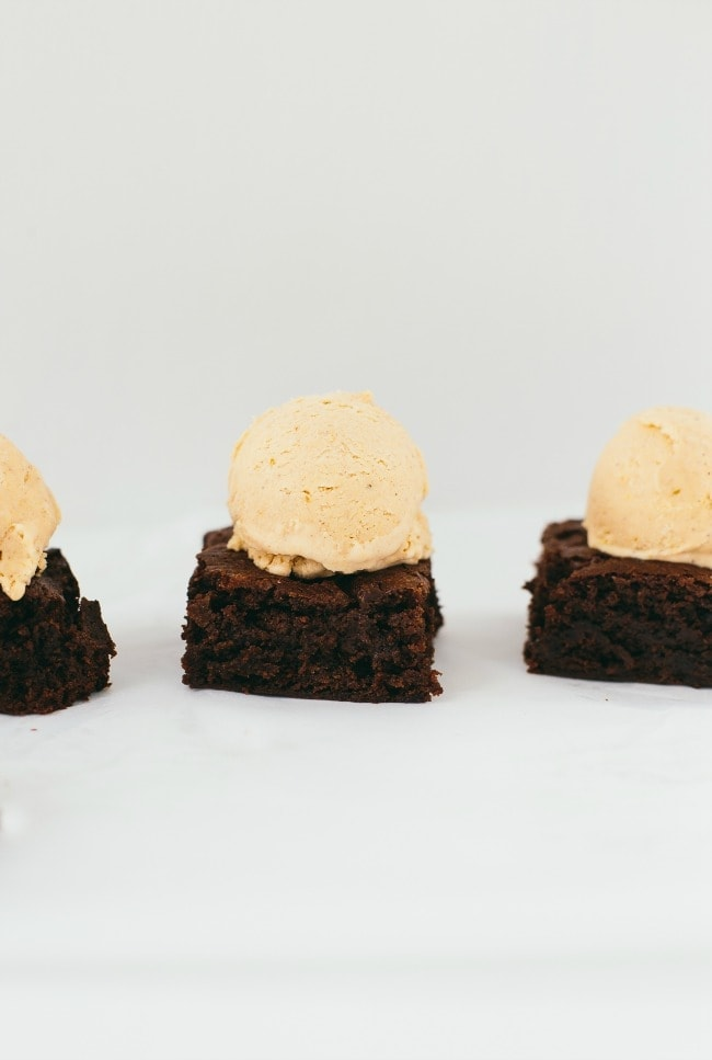 nutella brownies with pumpkin ice cream | the vanilla bean blog