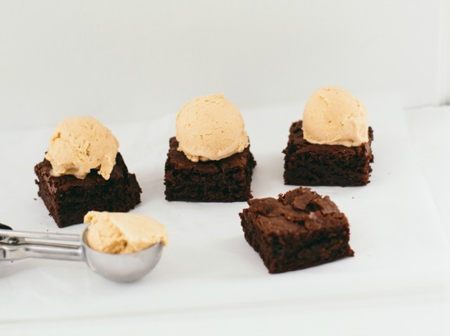 nutella brownies | the vanilla bean blog