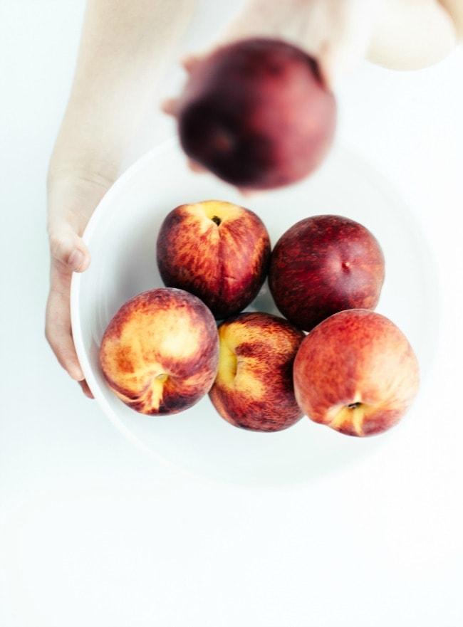 peach struesel bars