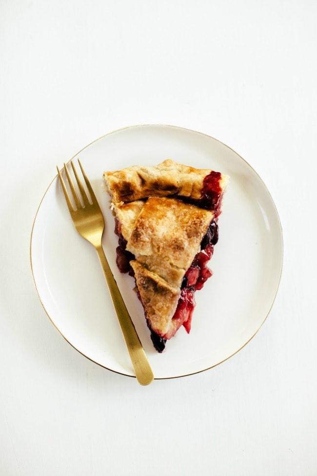 Slice of Peach Apple Cherry Pie| Vanilla Bean Blog