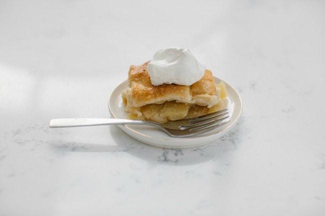 The Vanilla Bean Blog | apple crème fraîche pie