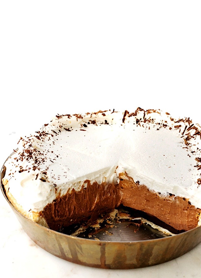 Black-bottom Chocolate Mousse Pie
